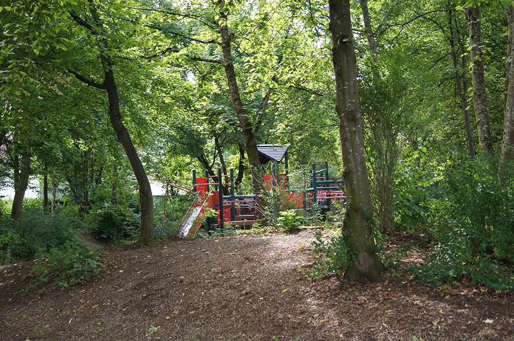 Spielplatz in der Grünanlage