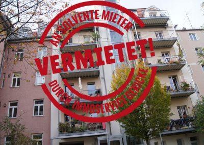 Vermietet: Reizvolle 2 Zimmer Altbauwohnung mit großzügigem Balkon in Maxvorstadt  // SG-228