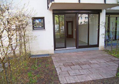 Charmantes 1-Zimmer-Appartement mit Terrasse und Gartenanteil in Moosach // SG-234